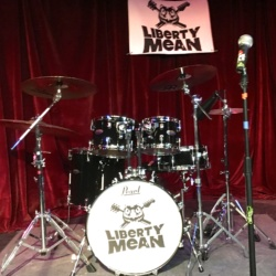 Liberty Mean Pearl Drum set a Ace of Cups.